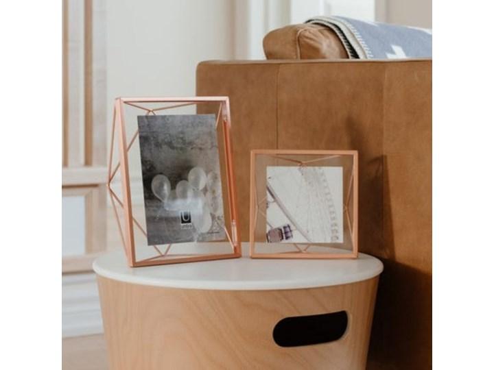 Ramka na zdjęcia Prisma 15x15 cm miedziana Metal Stojak na zdjęcia Pomieszczenie Salon