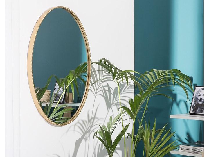 Lustro ścienne wiszące złote 83 x 57 cm owalne dekoracyjne do salonu sypialni łazienki minimalistyczne Pomieszczenie Sypialnia Styl Klasyczny