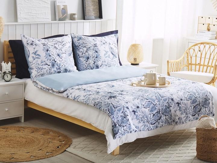 Komplet pościeli poszewki na kołdrę i 2 poduszki biało-niebieski kwiatowy wzór bawełna 155 x 220 cm nowoczesny boho sypialnia Satyna Wzór Kwiaty 155x220 cm Kolor Biały