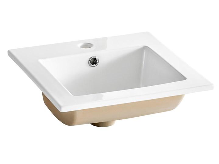 Bettso Wąska szafka pod umywalkę Bali White 40 / biel alpejska + biały połysk Wysokość 84 cm Kategoria Szafki stojące Szerokość 40 cm Płyta MDF Kolor Beżowy