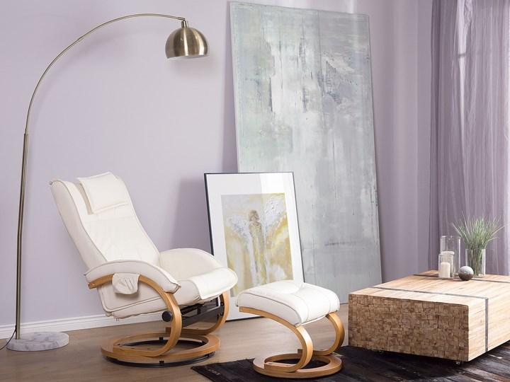 Fotel wypoczynkowy podgrzewany z masażem i podnóżkiem beżowy ekoskóra drewniana rama odchylane oparcie Fotel masujący Drewno Styl Vintage Skóra ekologiczna Pomieszczenie Salon