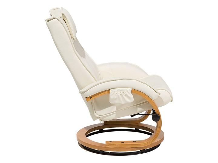 Fotel wypoczynkowy podgrzewany z masażem i podnóżkiem beżowy ekoskóra drewniana rama odchylane oparcie Styl Vintage Fotel masujący Drewno Skóra ekologiczna Pomieszczenie Salon