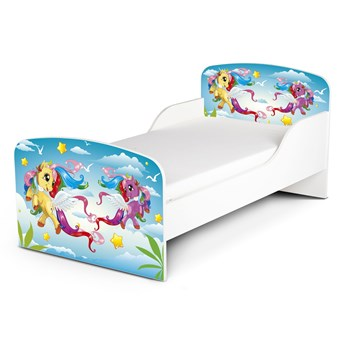 Białe łóżko drewniane z materacem 140/70 cm Motyw: Pony