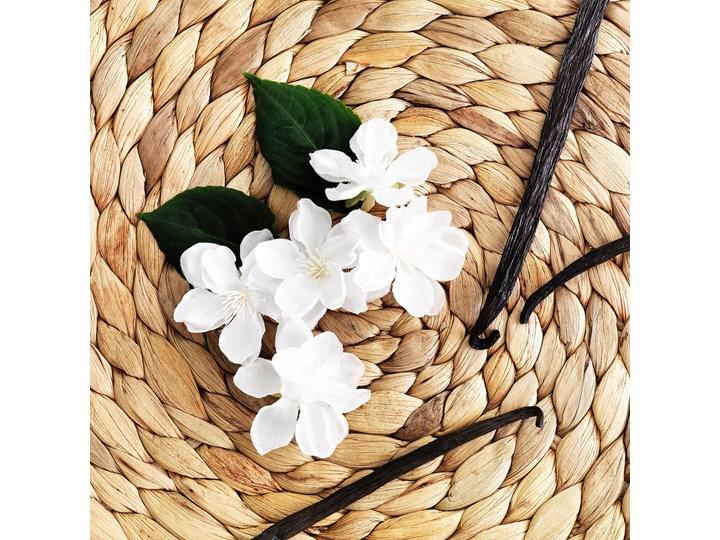 IKEA VÄLDOFT Świeca zapachowa w szkle, kwiat/szkło bezbarwne, 8 cm Świecznik Kategoria Świeczniki i świece Kolor Biały
