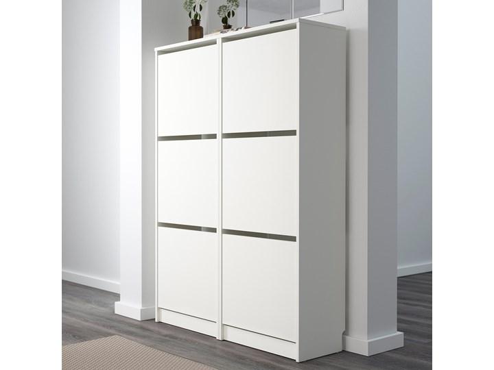 IKEA BISSA Szafka na buty, 3 przegrody, biały, 49x28x135 cm Płyta MDF Płyta meblowa Płyta laminowana Kategoria Szafki i regały