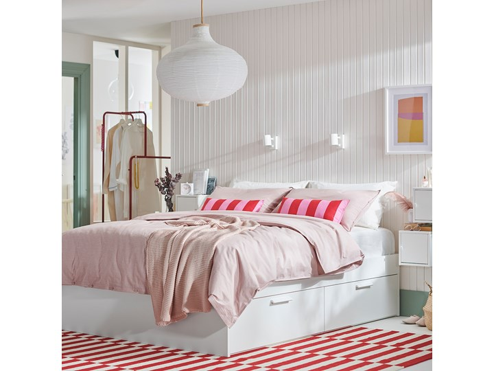 IKEA BRIMNES Rama łóżka z szufladami, biały/Luröy, 140x200 cm Tkanina Kolor Szary Łóżko drewniane Kategoria Łóżka do sypialni