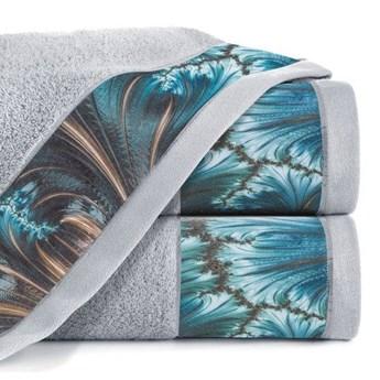 Ręcznik Eva Minge Chiara srebrny w rozmiarze 50x90 z drukowaną bordiurą
