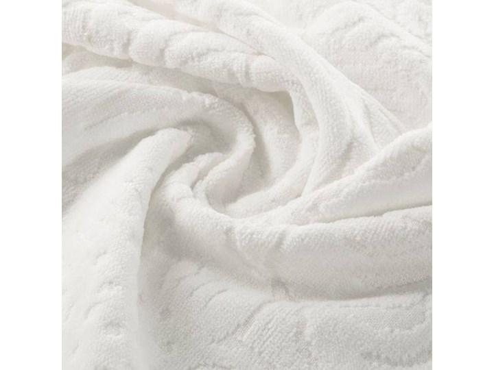 Welurowy ręcznik kąpielowy 50x90 kremowy 390 g/m2 elegancki zdobiony na całej powierzchni żakardowym wzorem kwiatowym Bawełna Frotte 50x90 cm Kolor Beżowy