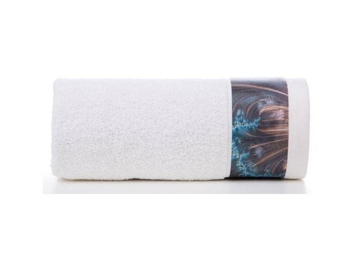 Ręcznik Eva Minge Chiara kremowy w rozmiarze 70x140 z drukowaną bordiurą 70x140 cm Bawełna Kolor Beżowy Ręcznik kąpielowy Kategoria Ręczniki