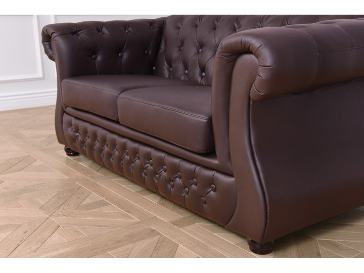 2 osobowa sofa Chester Lux, brązowa, skóra Szerokość 163 cm Głębokość 85 cm Chesterfield Wielkość Dwuosobowa