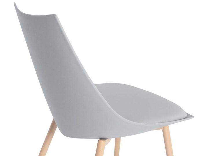Krzesło z poduszką do kuchni jadalni SARA - szare Styl Nowoczesny Drewno Metal Krzesło inspirowane Stal Tworzywo sztuczne Skóra Pomieszczenie Salon