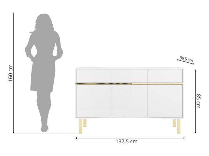Elegancka biała komoda Dancan MAGICA ze złotymi dodatkami Wysokość 85 cm Styl Minimalistyczny
