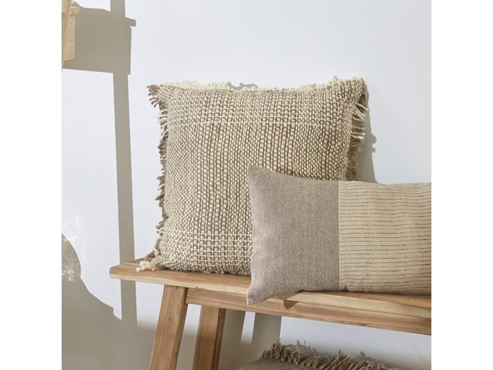 Poszewka dekoracyjna Ami 60x60 cm beżowa Kolor Beżowy Kategoria Poduszki i poszewki dekoracyjne