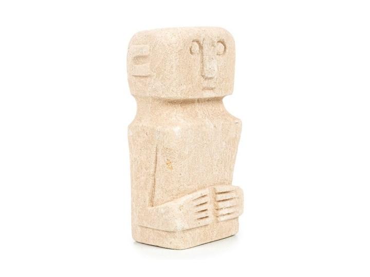 Dekoracja stojąca figurka Sumba-15 z piaskowca BAZAR BIZAR Metal Kamień Kategoria Figury i rzeźby