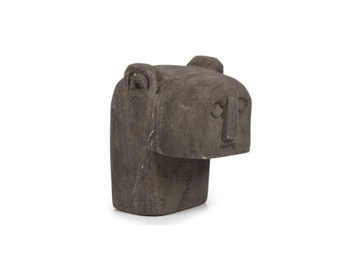 Dekoracja stojąca figurka Sumba-18 z piaskowca BAZAR BIZAR Kamień Kategoria Figury i rzeźby Kolor Różowy