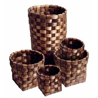 Zestaw 5 koszy Roud Repeat z drewna w brązowym kolorze MUUBS