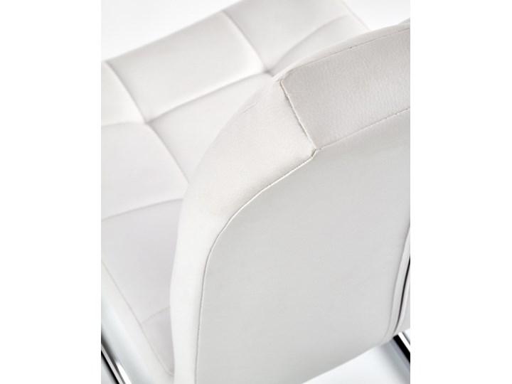 Krzesło K147 białe HALMAR Tkanina Metal Tworzywo sztuczne Kolor Biały Tapicerowane Stal Kolor Srebrny