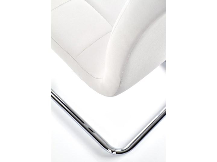 Krzesło K147 białe HALMAR Metal Kolor Srebrny Tworzywo sztuczne Tkanina Tapicerowane Stal Kolor Biały