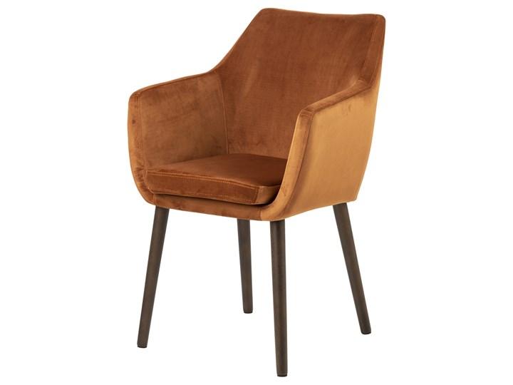 SELSEY Krzesło tapicerowane z podłokietnikami Marcelio miedziany welur Styl Nowoczesny Drewno Tkanina Krzesło inspirowane Z podłokietnikiem Pomieszczenie Jadalnia