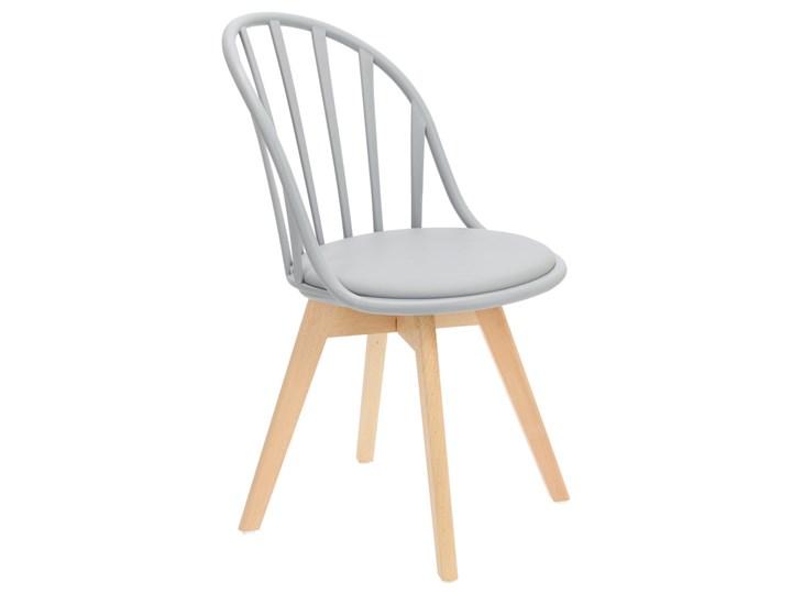 SELSEY Krzesło Taddeus szare z siedziskiem z ekoskóry na drewnianych nogach Tapicerowane Skóra ekologiczna Tworzywo sztuczne Pomieszczenie Jadalnia Drewno Styl Nowoczesny