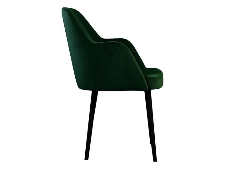 SELSEY Krzesło tapicerowane Kebbi butelkowa zieleń Z podłokietnikiem Wysokość 84 cm Tkanina Drewno Kategoria Krzesła kuchenne