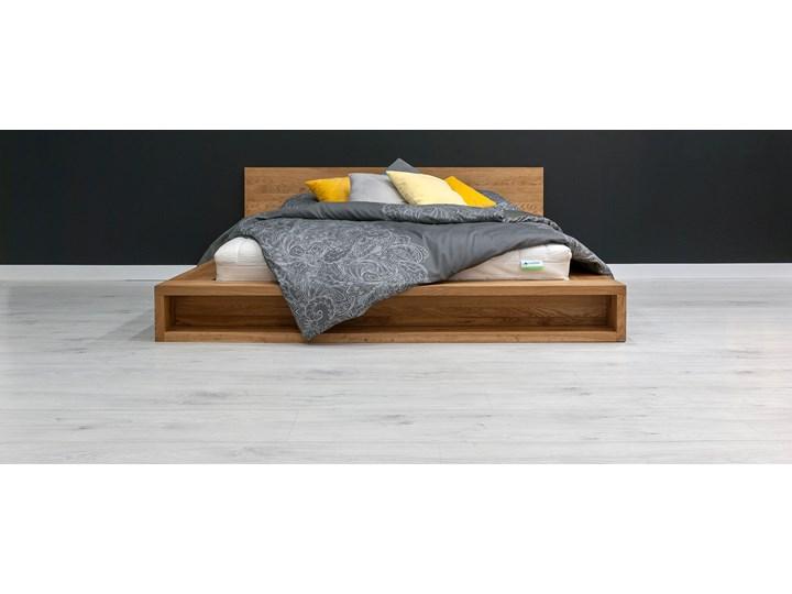 Łóżko Command z litego drewna Dąb 140x200 cm Drewno Styl Vintage Łóżko drewniane Styl Minimalistyczny