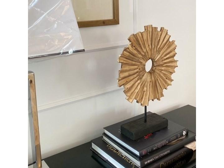 DEKORACJA DREWNIANA W STYLU HAMPTONS HELIOS 33 x 10 x 45 CM Kategoria Figury i rzeźby Rośliny Drewno Kolor Miedziany