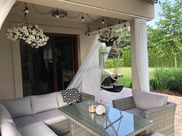 Duży technorattanowy narożnik ogrodowy Meblobranie z fotelem i pufami Moniz Dining Plus Zestawy modułowe Zestawy wypoczynkowe Zestawy obiadowe Aluminium Zawartość zestawu Stół