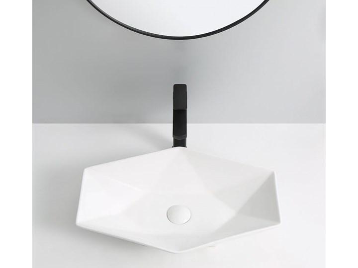 VELDMAN CERAMICZNA UMYWALKA NABLATOWA SONET ROZMIARY Szerokość 57 cm Asymetryczne Nablatowe Meblowe Kategoria Umywalki Ceramika Kolor Biały