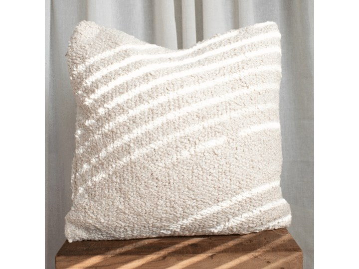 Boucle pillow boucle cushion + filling included !