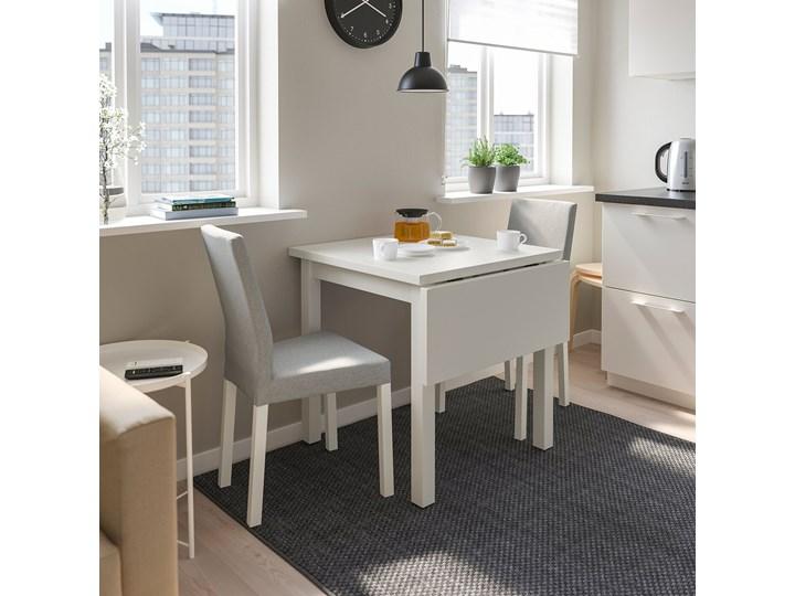 IKEA NORDVIKEN Stół z opuszcz blatem, Biały, 74/104x74 cm Wysokość 75 cm Drewno Sosna Kategoria Stoły kuchenne Długość 104 cm Kształt blatu Prostokątny