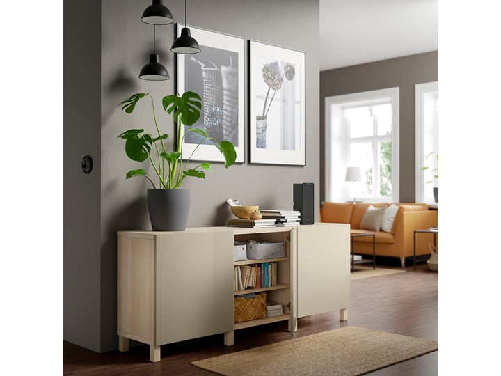 IKEA BESTÅ Kombinacja z drzwiami, Dąb bejcowany na biało/Selsviken/Stubbarp wysoki połysk beż, 180x42x74 cm Drewno Kategoria Komody Z szafkami Płyta MDF Głębokość 42 cm Szerokość 180 cm Wysokość 42 cm Pomieszczenie Sypialnia