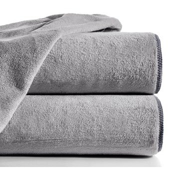 Ręcznik szybkoschnący AMY z mikrofibry o gramaturze 380 g/m2