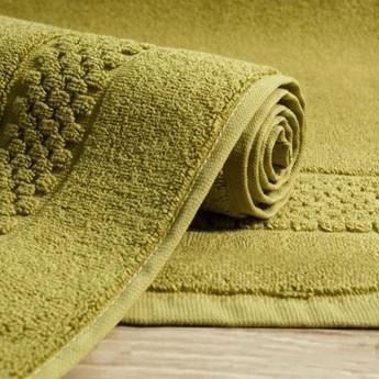 Dywanik łazienkowy CALEB z bawełny zdobiony pasem wzoru w krateczkę, 50x70 cm