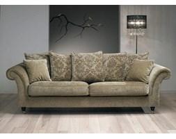 Piekna sofa w stylu kolonialnym