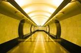 Fototapeta F137 - Żółty korytarz