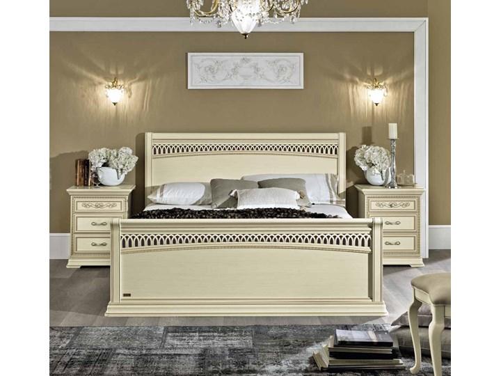 łóżko 160 Torriani Tiziano Z Ozdobnym Wezgłowiem I Przodem