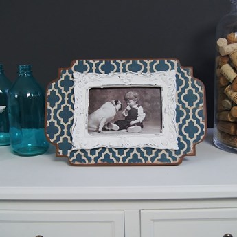Ramka na zdjęcie, niebiesko- kremowe wzory, styl rustykalny.