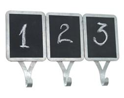 Wieszaczki z tabliczkami