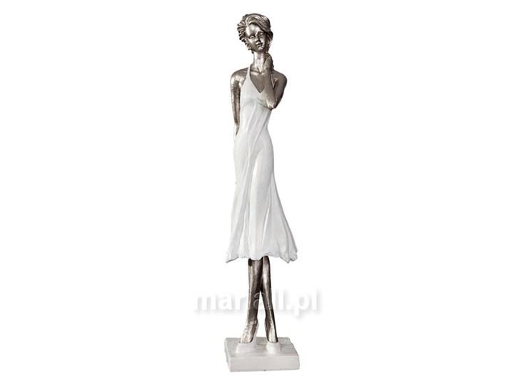 Figurka dekoracyjna  ``10C117`` Kategoria Figury i rzeźby Tworzywo sztuczne Kolor Biały