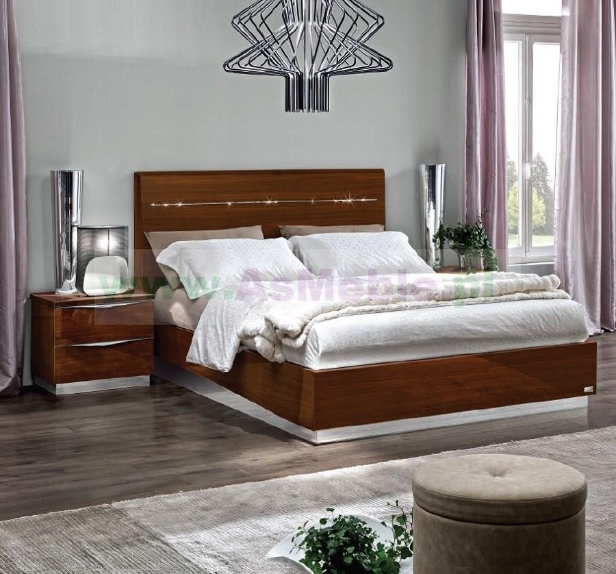 Nowoczesna architektura łóżko 140x200 ONDA Noce - meble włoskia Art Deco, w kolorze XY35