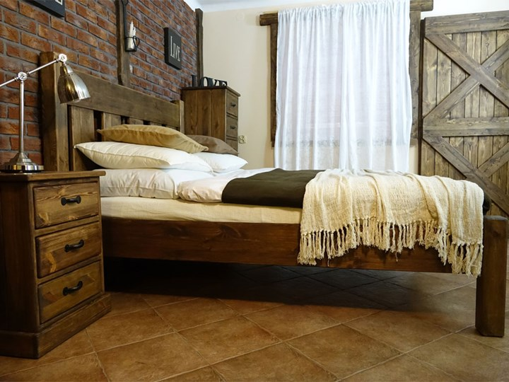 Łóżko Sosnowe Rustyk / Mieszko II 140 Łóżko drewniane Kolor Brązowy Kategoria Łóżka do sypialni