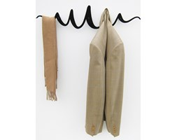 Oryginalny wieszak na ubrania - Scribble