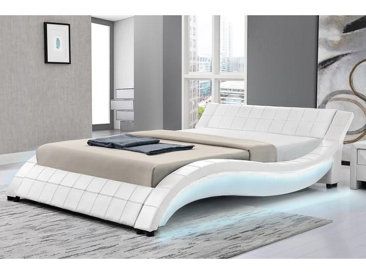 łóżko Tapicerowane Do Sypialni 160x200 839 Led Białe łóżka Do