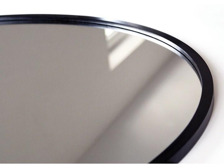 Lustro Scandi – okrągłe w czarnej ramie Lustro z ramą Ścienne Pomieszczenie Łazienka