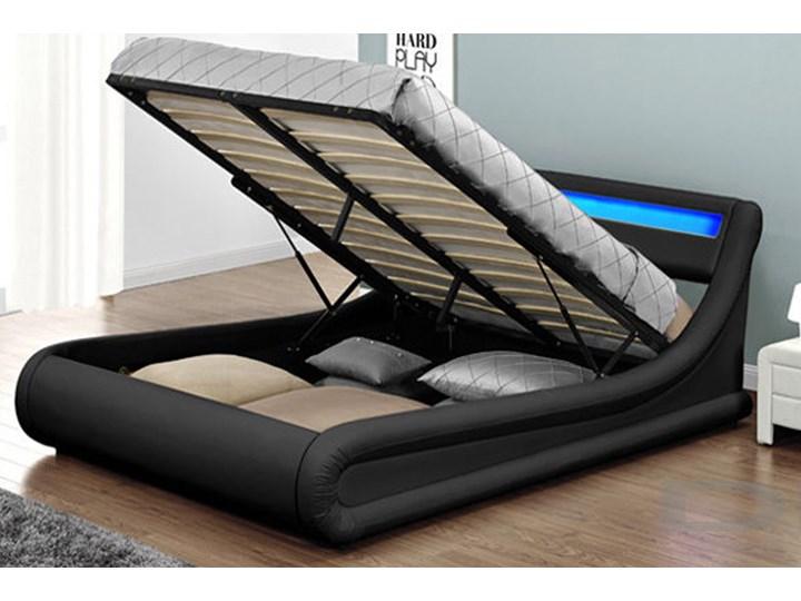 łóżko Z Materacem Tapicerowane 180x200 138 Led Czarne