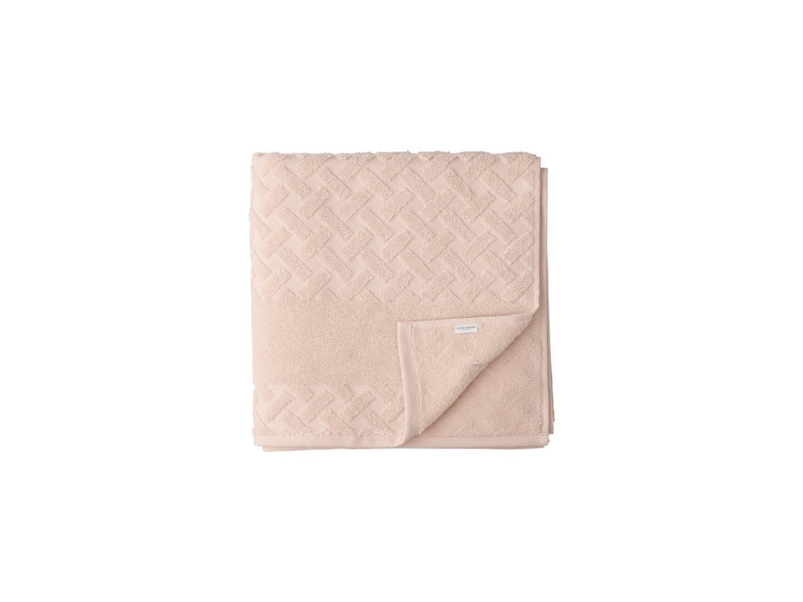 21684bde9509f3 Ręcznik kąpielowy Laurie 140x70 cm różowy - Lene Bjerre - Ręczniki -  zdjęcia, pomysły, inspiracje - homebook
