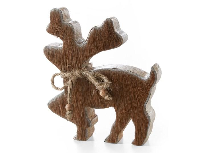 Renifer z drewna z wstawkami z krowiego futerka
