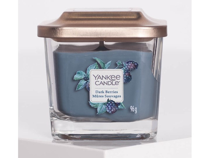 Yankee Candle Dark Berries mała kwadratowa świeca z dwoma knotami Świeca zapachowa