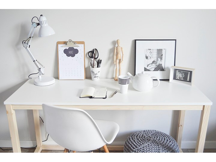 Nowoczesne biurko DES3 w stylu skandynawskim Drewno Sosna Szerokość 100 cm Głębokość 66 cm Kategoria Biurka